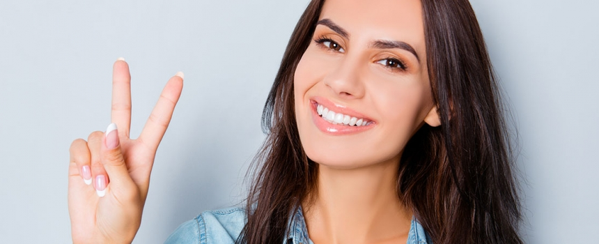 5 Reasons to Consider Porcelain Veneers